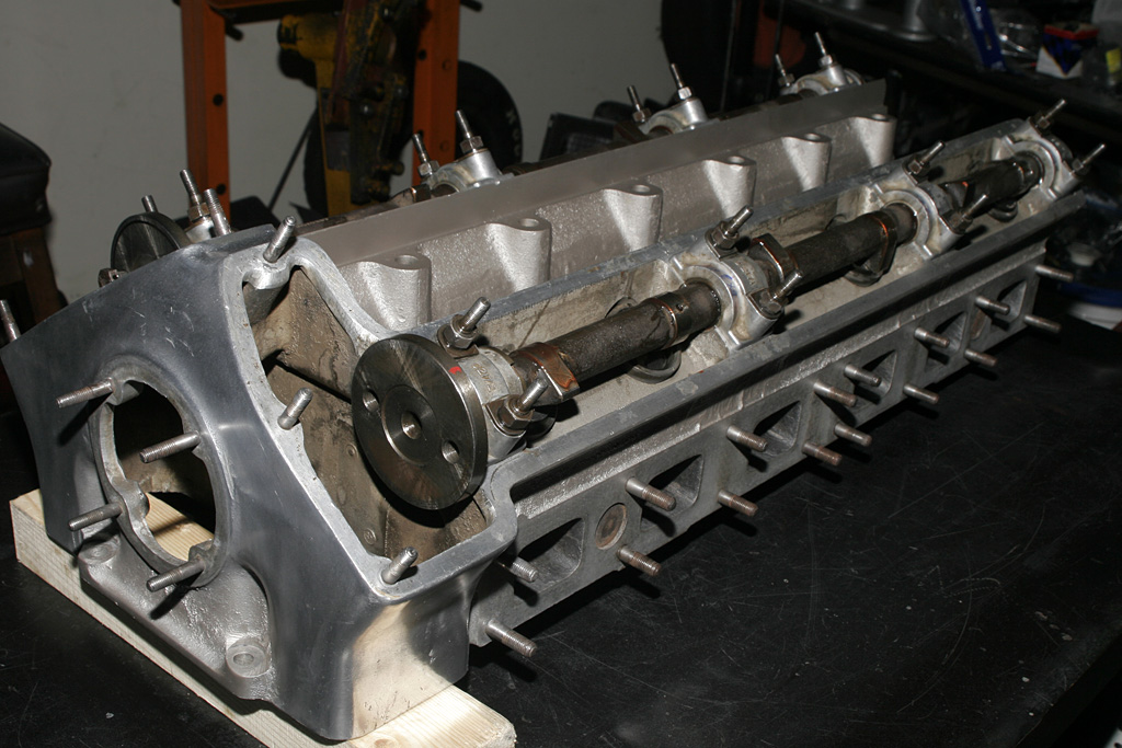 how to build a 4 cylinder engine