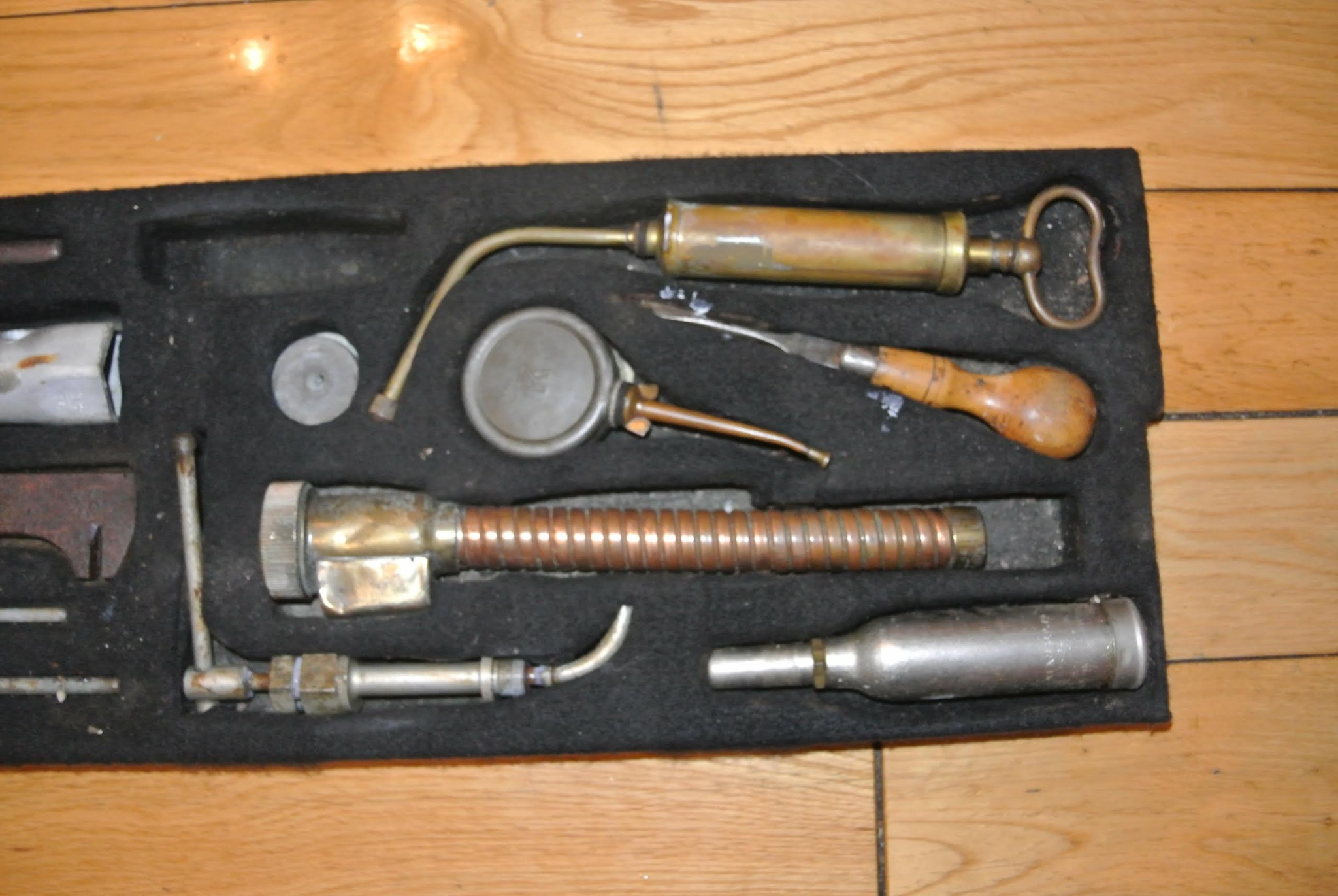 Bentley Derby Tool Kit