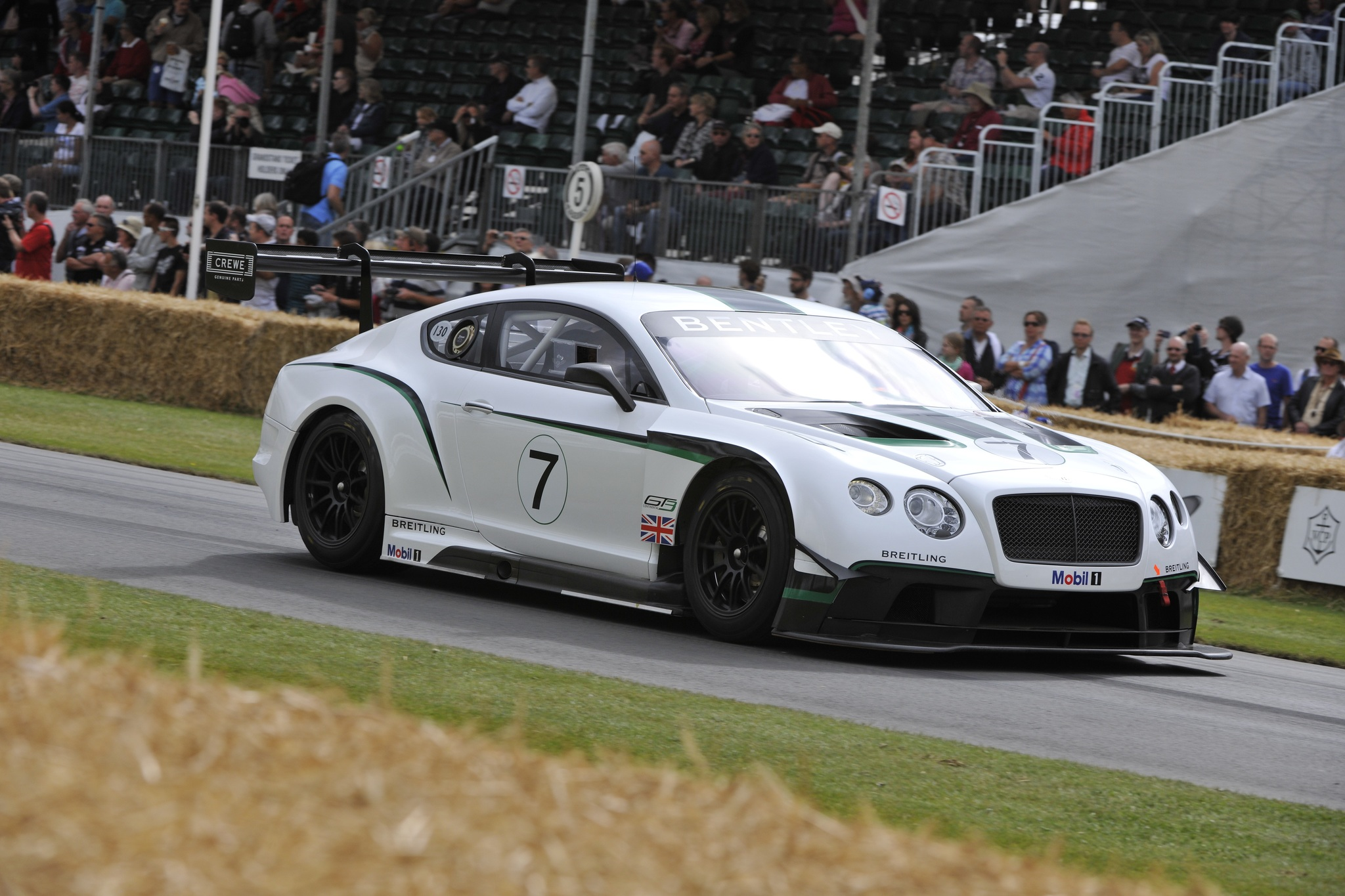 The GT3 racing version of Benley's Continental GT is racing the the 2014 season as an all-new racecar.