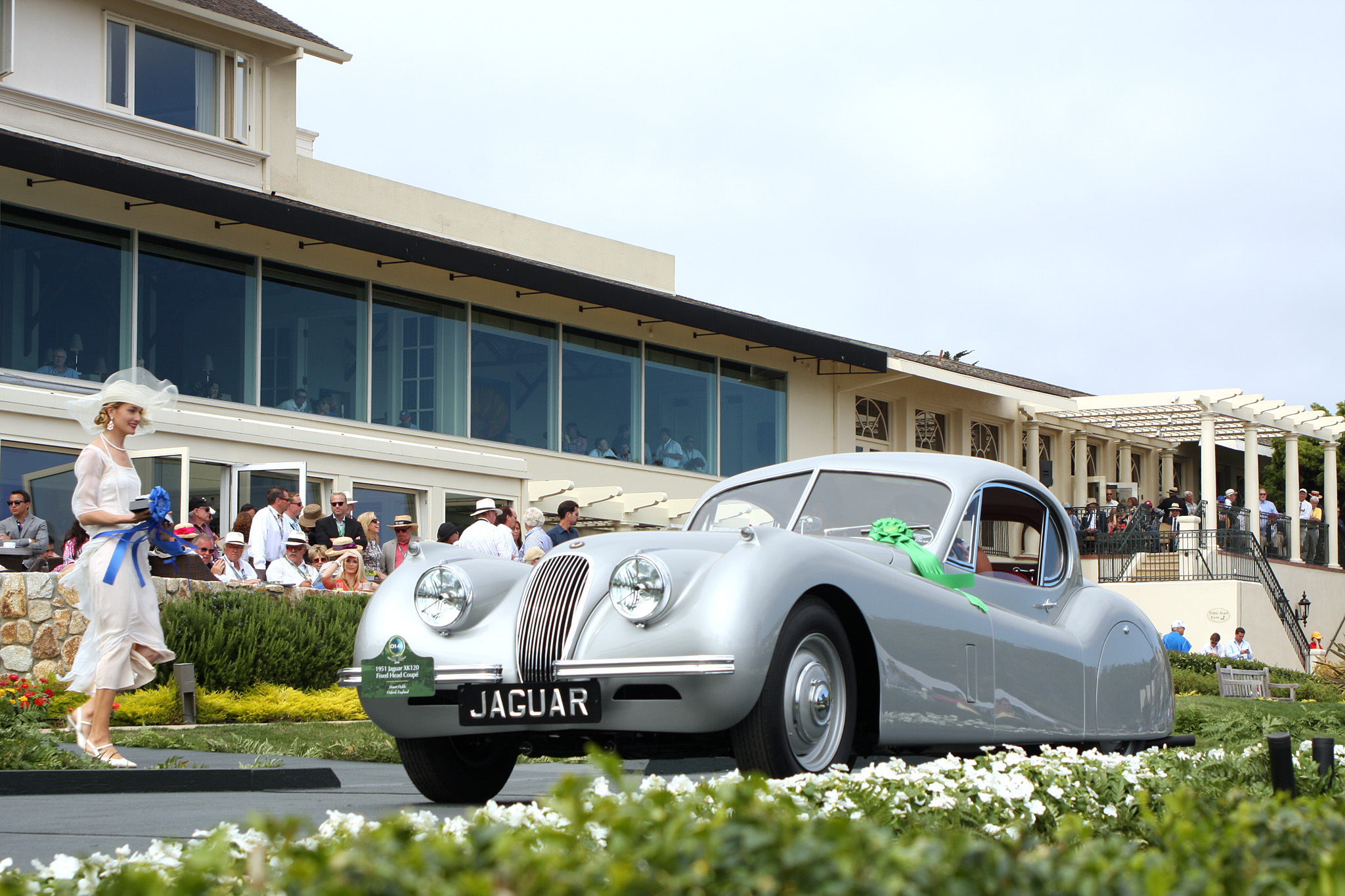 1951 Jaguar XK120 Fixed Head Coupé Prototype 679002 won Class O-1 : Postwar Touring. This important XK120 (chassis 679002) is the first left-hand-drive Fixed Head Coupé and was the 1951 Geneva Show car. Jaguar used this car for publicity shots for the official launch of the Coupé. One of two prototypes, 679002 was converted from an XK120 Roadster in Jaguar's experimental department.