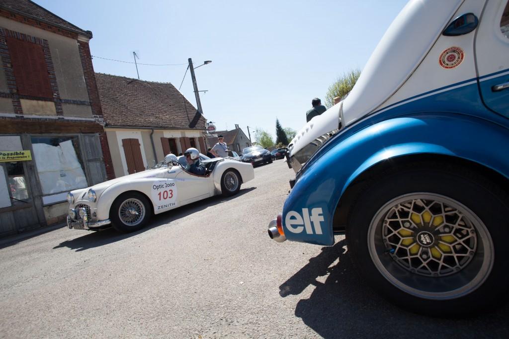 Hugues de BEAUREGARD & A  Philippe LOUZON - 1958 Triumph TR3