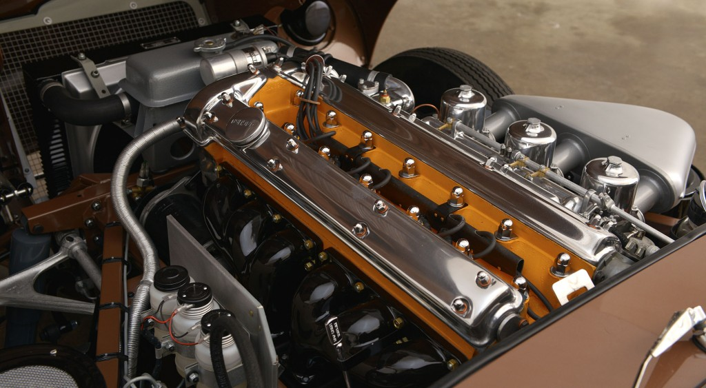 1961 Jaguar E-Type XKE Roadster 875323