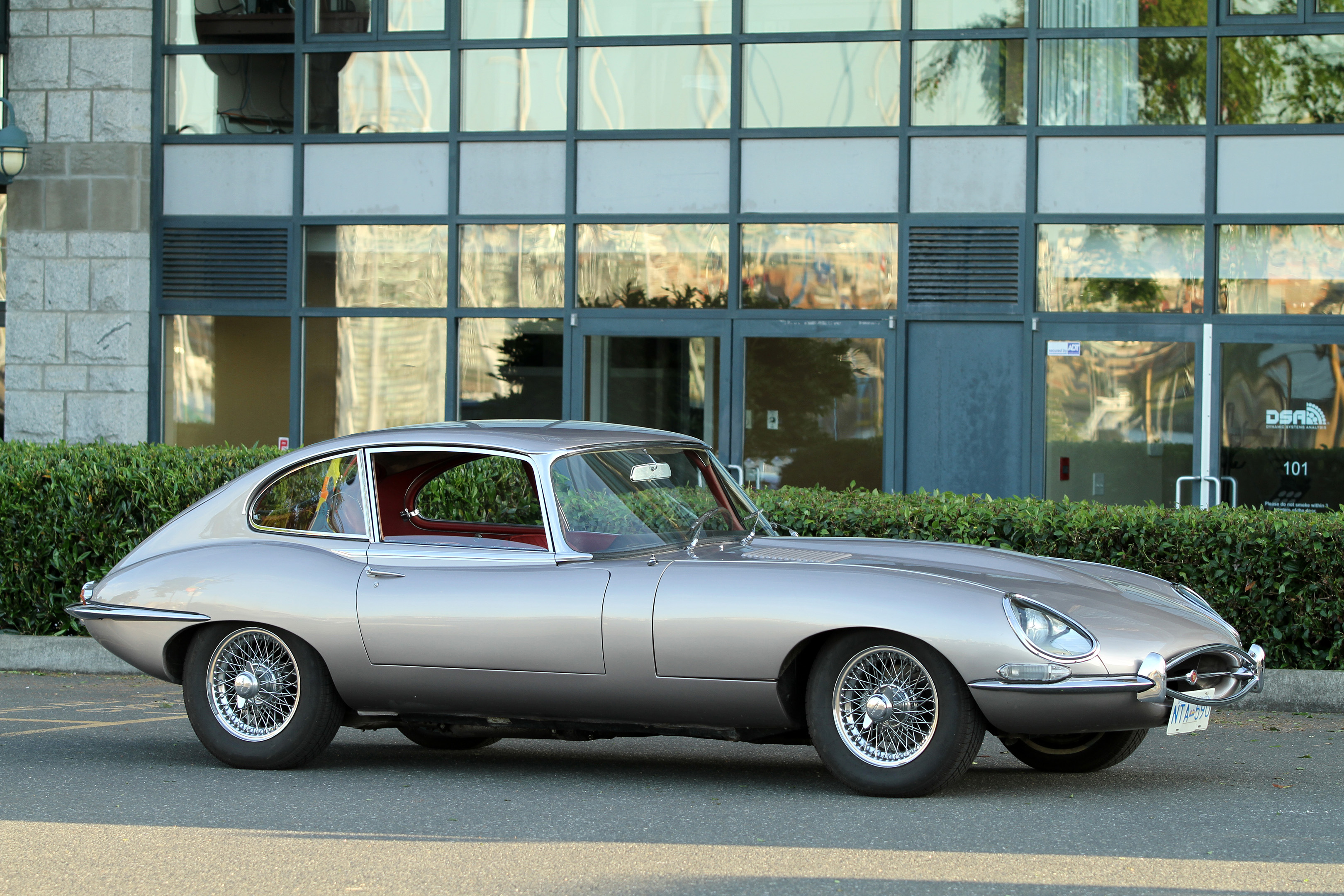 Nice  Desirable 4.2 Series 1 E Type With 4 Speed Manual  Well Maintained With  Receipts For Suspension, Engine Brakes And Electrical Work.  Exhibits  82,950 Miles.