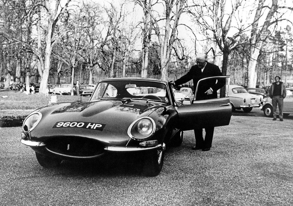 1961 Jaguar E-Type FHC 885002 9600HP Restaurant du Parc des Eaux Vives with Sir William Lyons